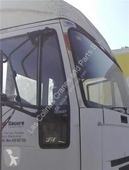 Náhradné diely na nákladné vozidlo Iveco Rétroviseur extérieur Barra Espejo Derecha SuperCargo (ML) FKI 180 E pour camion SuperCargo (ML) FKI 180 E 27 [7,7 Ltr. - 196 kW Diesel] kabína/karoséria diely karosérie spätné zrkadlo ojazdený