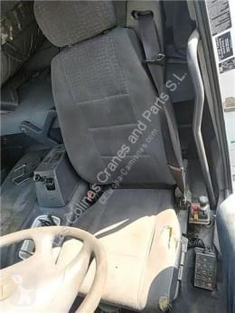 Repuestos para camiones cabina / Carrocería OM Siège Asiento Delantero Izquierdo Mercedes-Benz Axor 2 - Ejes Serie pour camion MERCEDES-BENZ Axor 2 - Ejes Serie / BM 944 1843 4X2 457 LA [12,0 Ltr. - 315 kW R6 Diesel ( 457 LA)]