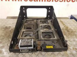 Ricambio per autocarri MAN Boîtier de batterie Soporte Baterias M 2000 M 25.2X4 E2 Chasis MNLC 25.28 pour camion M 2000 M 25.2X4 E2 Chasis MNLC 25.284 E 2 [6,9 Ltr. - 206 kW Diesel] usato