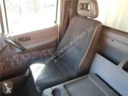 Nissan Atleon Siège Asiento Delantero Derecho 165.75 pour camion 165.75 cabine / carrosserie occasion