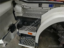 Repuestos para camiones Scania Marchepied Peldaño Chasis Izquierdo Serie 4 (P/R 124 C)(1996->) FG pour tracteur routier Serie 4 (P/R 124 C)(1996->) FG 420 (4X2) E3 [11,7 Ltr. - 309 kW Diesel] usado