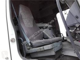 Repuestos para camiones Renault Premium Siège Asiento Delantero Derecho Distribution 420.18 pour camion Distribution 420.18 cabina / Carrocería usado