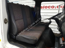 Nissan Eco Siège Asiento Delantero Derecho - T 135.60/100 KW/E2 Chasis pour camion - T 135.60/100 KW/E2 Chasis / 3200 / 6.0 [4,0 Ltr. - 100 kW Diesel] used cab / Bodywork
