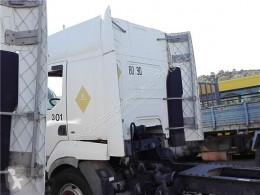 Pièces détachées PL Renault Premium Aileron Spoiler Lateral Distribution 420.18D pour camion Distribution 420.18D occasion