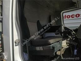 Repuestos para camiones Renault Midlum Siège Asiento Delantero Derecho 220.16 pour camion 220.16 cabina / Carrocería usado