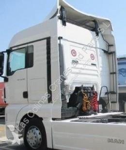 Pièces détachées PL MAN TGA Aileron Spoiler Lateral 18.440 FLS, FLLS, FLRS, FLLRS pour tracteur routier 18.440 FLS, FLLS, FLRS, FLLRS occasion