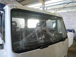 Nissan Atleon Pare-brise LUNA Delantera 165.75 pour camion 165.75 hytt/karosseri begagnad