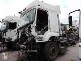 Pièces détachées PL Renault Premium Aileron Spoiler Lateral Distribution 420.18 pour camion Distribution 420.18 occasion