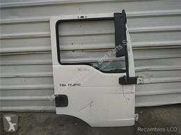 Ricambio per autocarri MAN Porte Puerta Delantera Derecha TG - L 12.XXX 12.210 Chasis [4, pour camion TG - L 12.XXX 12.210 Chasis [4,6 Ltr. - 151 kW Diesel] usato