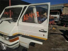 Części zamienne do pojazdów ciężarowych Nissan Trade Porte Puerta Delantera Izquierda 2.8 Diesel pour camion 2.8 Diesel używana