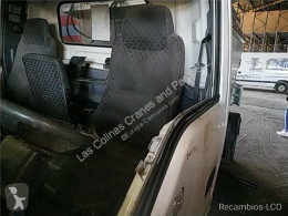 Repuestos para camiones Isuzu Siège Asiento Delantero Izquierdo N-Serie Fg 3,5t [3,0 Ltr. - 1 pour camion N-Serie Fg 3,5t [3,0 Ltr. - 110 kW Diesel] cabina / Carrocería usado