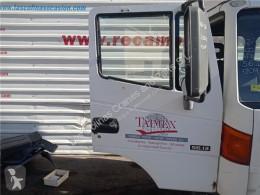 Repuestos para camiones Nissan Atleon Porte Puerta Delantera Derecha 56.13 pour camion 56.13 usado