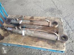Części zamienne do pojazdów ciężarowych Iveco Eurocargo Vérin hydraulique Pistones Hidraulicos (03.2008->) FG 110 W Allrad pour camion (03.2008->) FG 110 W Allrad 4x4 [5,9 Ltr. - 160 kW Diesel] używana