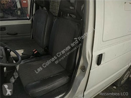 Piaggio cab / Bodywork Siège Asiento Delantero Izquierdo PORTER Furgón 1.0 pour camion PORTER Furgón 1.0