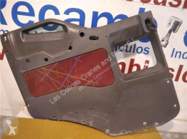 Cabine / carrosserie Iveco Eurocargo Revêtement GUARNECIDO PUERTA DELANTERO IZQUIERDA pour camion