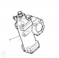 Renault Radiateur de refroidissement du moteur Radiador Midliner M 180.10/C pour camion Midliner M 180.10/C refroidissement použitý