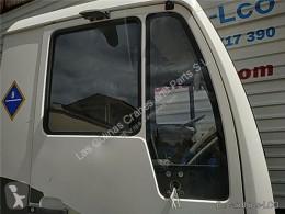 Repuestos para camiones MAN LC Porte LUNA PUERTA DELANTERO DERECHA L2000 9.153-10.224 EuroI/II Chasis pour camion L2000 9.153-10.224 EuroI/II Chasis 9.153 F / E 1 [4,6 Ltr. - 114 kW Diesel] usado