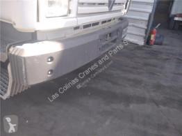 Ricambio per autocarri Renault Pare-chocs Paragolpes Delantero Midliner M 180.10/C pour camion Midliner M 180.10/C usato