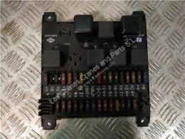 Pièces détachées PL Nissan Atleon Boîte à fusibles Caja Fusibles/Rele 110.35, 120.35 pour camion 110.35, 120.35 occasion