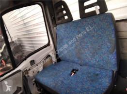 Cabine / carrosserie Iveco Daily Siège Asiento Delantero Derecho II 35 S 11,35 C 11 pour camion II 35 S 11,35 C 11