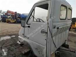 Części zamienne do pojazdów ciężarowych Renault Porte Puerta Delantera Izquierda B 120-35/55/65 Messenger E2 C pour camion B 120-35/55/65 Messenger E2 Chasis (Modelo B 120-65) 90 KW E2 [2,5 Ltr. - 90 kW Diesel] używana