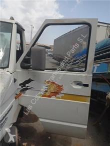 依维柯Daily重型卡车零部件 Porte Puerta Delantera Izquierda I 40-10 W pour camion I 40-10 W 二手
