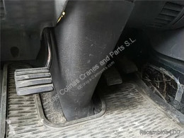 Náhradné diely na nákladné vozidlo Scania Pédale d'embrayage Juego Pedales Completo Serie 4 (P/R 124 C)(1996->) FG pour camion Serie 4 (P/R 124 C)(1996->) FG 420 (4X2) E3 [11,7 Ltr. - 309 kW Diesel] ojazdený
