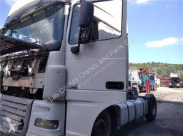Резервни части за тежкотоварни превозни средства DAF Porte Puerta Delantera Izquierda XF 105 FA 105.460 pour camion XF 105 FA 105.460 втора употреба
