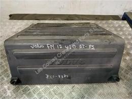 Reservedele til lastbil Volvo FH Boîtier de batterie Tapa Baterias 12 asta 2001 E2 / E3 FG 4X2 pour camion 12 asta 2001 E2 / E3 FG 4X2 E2/E3 [12,1 Ltr. - 309 kW Diesel (D12D420)] brugt