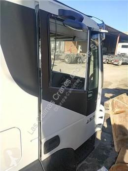 Repuestos para camiones Iveco Stralis Porte Puerta Delantera Derecha AD 440S45, AT 440S45 pour camion AD 440S45, AT 440S45 usado