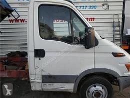 Peças pesados Iveco Daily Porte Puerta Delantera Derecha II 50 C 15 pour camion II 50 C 15 usado