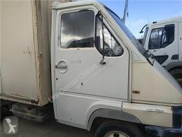 Pièces détachées PL Renault Porte Puerta Delantera Derecha B 90 - 35 / 50 / 60 FPR (Mode pour camion B 90 - 35 / 50 / 60 FPR (Modelo B 90-35) 71 KW [2,5 Ltr. - 71 kW Diesel] occasion