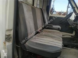 Cabină / caroserie Renault Siège Asiento Delantero Derecho B 90 - 35 / 50 / 60 FPR (Mod pour camion B 90 - 35 / 50 / 60 FPR (Modelo B 90-35) 71 KW [2,5 Ltr. - 71 kW Diesel]