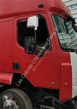 Repuestos para camiones Renault Premium Porte Puerta Delantera Derecha 2 Distribution 410.18 D pour camion 2 Distribution 410.18 D usado