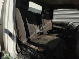 Nissan Cabstar Siège Asiento Delantero Derecho 35.13 pour camion 35.13 cabine / carrosserie occasion