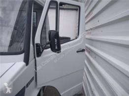 Ricambio per autocarri Porte Puerta Delantera Izquierda Mercedes-Benz CLASE G (W461) 290 GD/G pour camion MERCEDES-BENZ CLASE G (W461) 290 GD/G 290 D (461.337, 461.338) usato