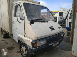 Renault cab / Bodywork Cabine Cabina Completa B 90 - 35 / 50 / 60 FPR (Modelo B 90-3 pour camion B 90 - 35 / 50 / 60 FPR (Modelo B 90-35) 71 KW [2,5 Ltr. - 71 kW Diesel]