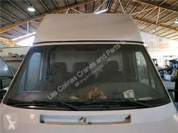 Repuestos para camiones Vitre Parabrisas Mercedes-Benz SPRINTER 4-t Furgón (904) 412 D pour camion MERCEDES-BENZ SPRINTER 4-t Furgón (904) 412 D usado