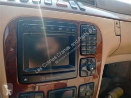 Repuestos para camiones Tableau de bord Mandos Climatizador Mercedes-Benz Clase S Berlina (BM 220)(1998- pour automobile MERCEDES-BENZ Clase S Berlina (BM 220)(1998->) 3.2 320 CDI (220.026) [3,2 Ltr. - 145 kW CDI CAT] usado