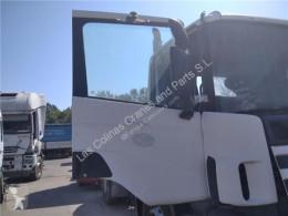 Scania Porte Puerta Delantera Derecha Serie 4 (P/R 94 G)(1996->) FG pour camion Serie 4 (P/R 94 G)(1996->) FG 310 (4X2) E2 [9,0 Ltr. - 228 kW Diesel (6 cil.)] truck part used