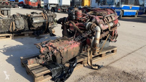 Bloc moteur Iveco Magirus 340 (V8-engine with water cooling and manual gearbox)