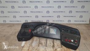 Резервни части за тежкотоварни превозни средства Autre pièce détachée électrique Consola instrumentos MERCEDES-BENZ /Instrument cluster dash panel O530 pour camion
