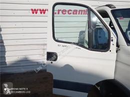 Iveco Daily Porte Puerta Delantera Derecha II 35 S 11,35 C 11 pour véhicule utilitaire II 35 S 11,35 C 11 porta usado