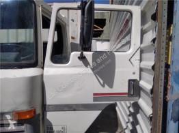 Pièces détachées PL Nissan Porte Puerta Delantera Izquierda EBRO L35.09 pour camion EBRO L35.09 occasion