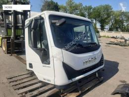 Cabine / carrosserie Iveco Eurocargo Cabine 4X4 Nieuw Handmatig pour tracteur routier 150-280 EURO 5-6 neuve