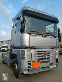 Renault Magnum COMPLET POUR PIECE used vehicle for parts