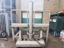 Резервни части за тежкотоварни превозни средства Hydraulisch Kiepsysteem voor Containers / Verschuifbaar 20ft. 30ft. втора употреба