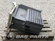 Części zamienne do pojazdów ciężarowych Volvo Battery holder Volvo FMX Euro 6 używana