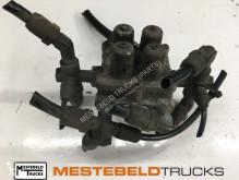 Części zamienne do pojazdów ciężarowych Scania 4-kringsbeveiligingsventiel używana