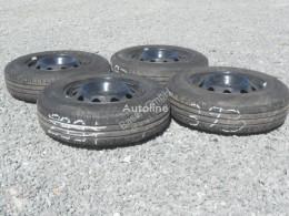 Repuestos para camiones Fiat 4 Kompletträder Strada rueda / Neumático usado